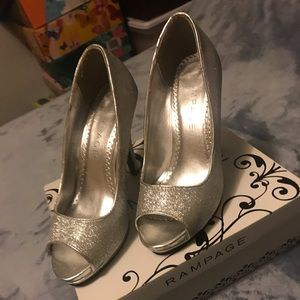 Rampage Silver Sparkle Peep Toe Shoes